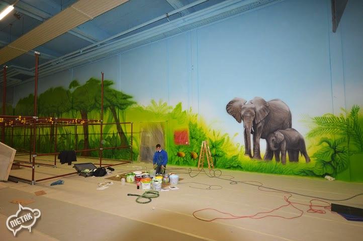 plac zabaw, malowanie dla dzieci,malowanie bawialni,nietak.eu,malowanie artystyczne,aerograf,airbrush,malowanie dżungli,dżungla,malowanie pokoji,graffiti,street-art,bawialnia (30)