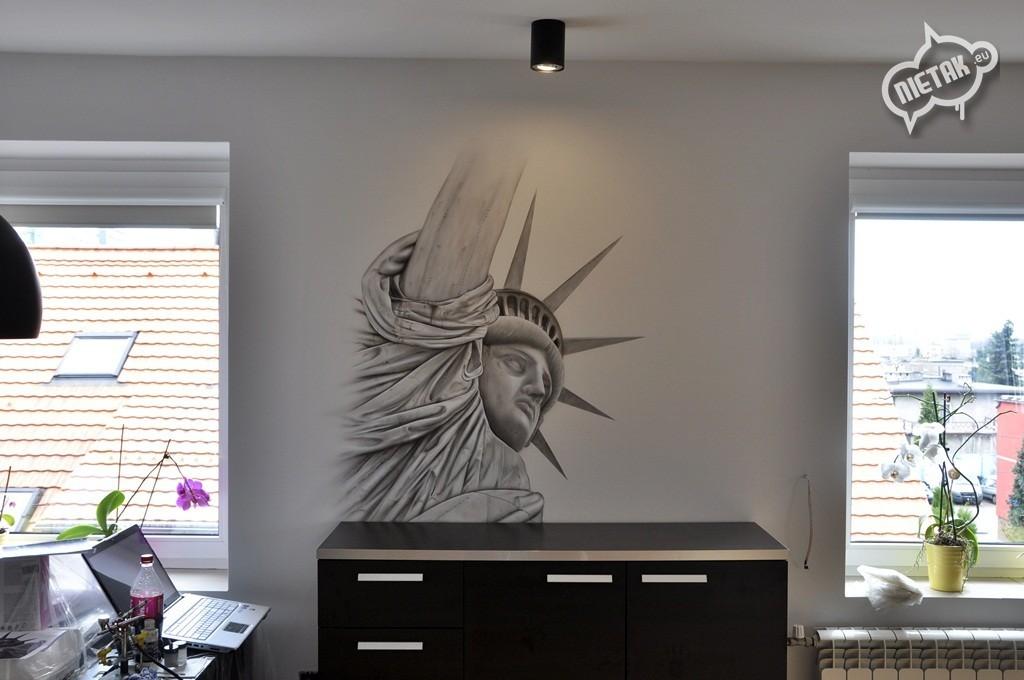 malowanie mieszkań,Statue of Liberty graffiti, statua wolności, graffiti, street-art,malowanie w pokoju , nietak