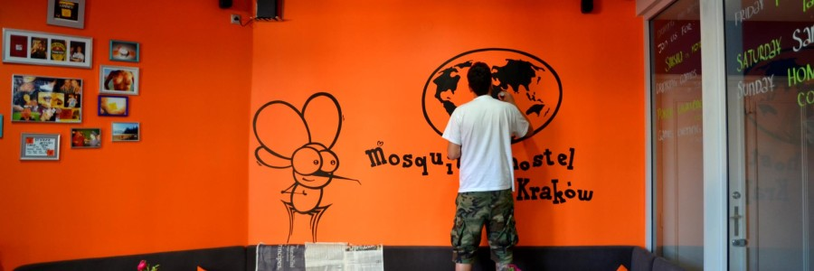 Malowanie murali reklamowych