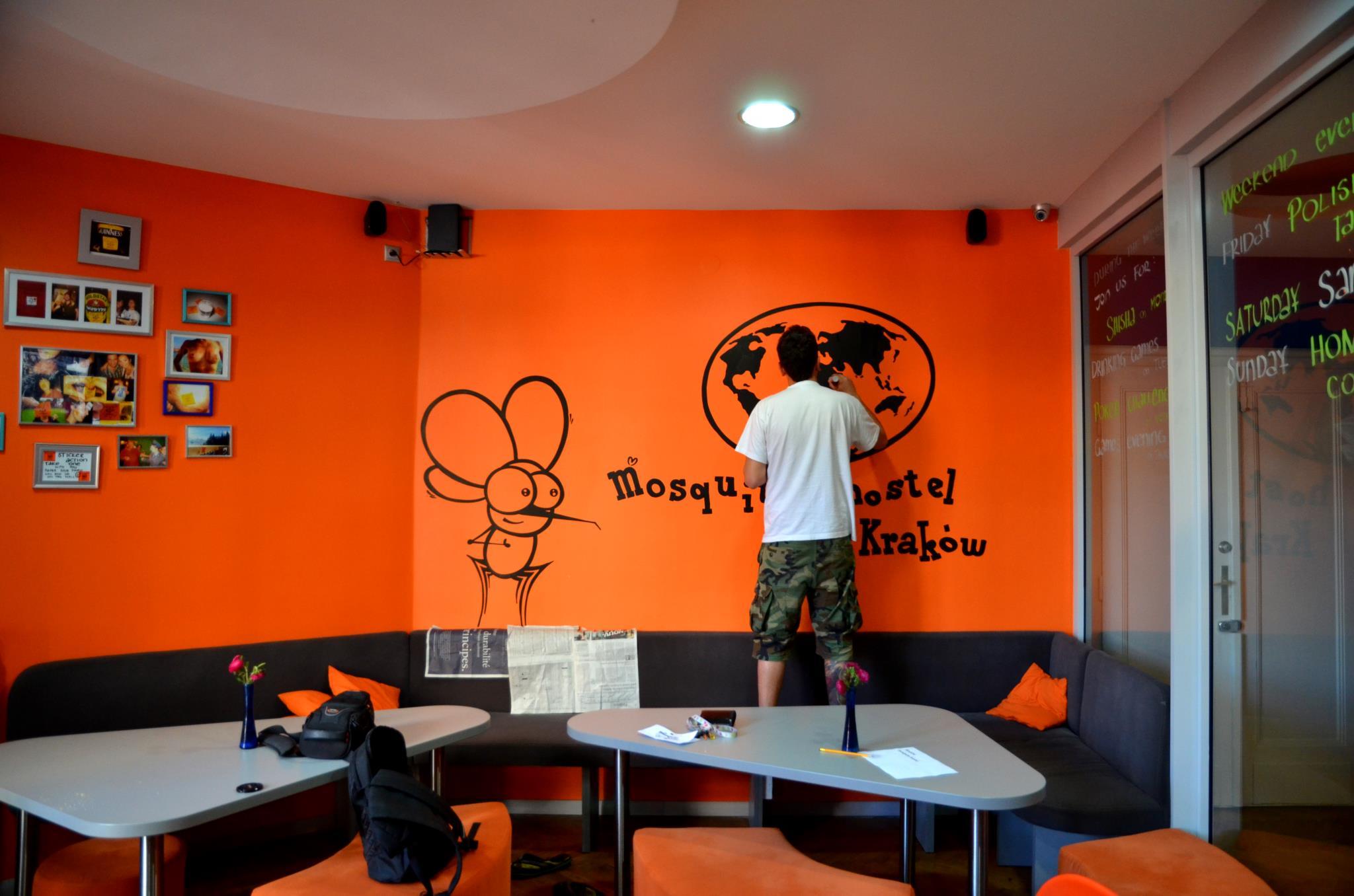 Malowanie murali reklamowych - Nietak.eu